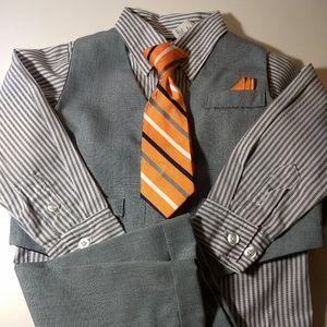 Boys 3 Pc Suit with Tie